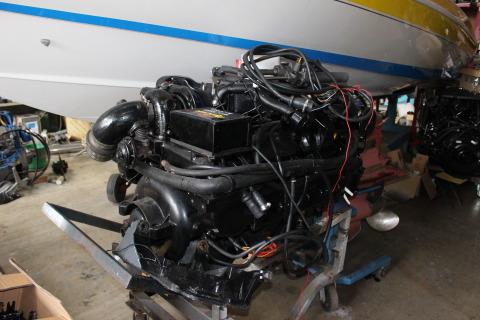 ディーゼルエンジン D7.4L ブラボーⅢドライブセット